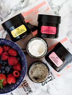 """The Body Shop Superfood Face Masks. Yes, these smell as delicious as they look. and they should seriously come with a """"do not eat"""" warning. A dream The Body Shop, Body Shop At Home, Superfood, Face Care, Body Care, Essie, Sephora, Shops, Younger Looking Skin"""