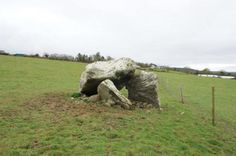 The remains of two apparently prominent people who were among some of the first farmers who settled in Southwest Ireland have been unearthed at a prehistoric stone dolmen monument in County Kerry. The