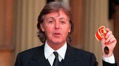 Paul McCartney - Mini Biography - Paul McCartney Videos - Biography.com