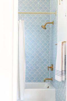 Bathrooms Where Tile Totally Steals the Show | Apartment Therapy
