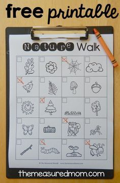 FREE printable nature walk scavenger hunt. Perfect fall activity for kids!