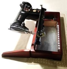 Singer-sewing-machine-wood-base-custom-sewing-machine-wood-base