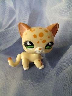 LITTLEST PET SHOP #852 CHEETAH LEOPARD SPOTTED JUNGLE CAT KITTY GREEN EYES  http://r.ebay.com/6LxsRY