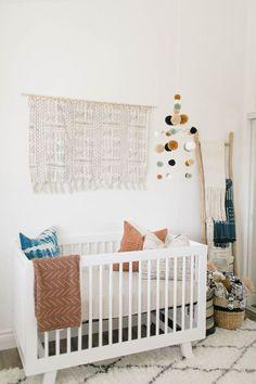 Ideas for a boho nursery neutral - Baby Room Ideas Baby Room Decor, Nursery Room, Girl Nursery, Nursery Decor, Nursery Ideas, Newborn Nursery, Disney Nursery, Small Nurseries, Baby Boy Nurseries