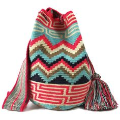 www.lombiaandco.com  The colors of this mochila Wayuu was inspired by the vivid colors that surround region of La Guajira. Sand, sea, desert, sun and a clear sky are constants in the landscape. Geometric figures are a signature of these mochila bags. #wayuubag Desert Sun, Tapestry Bag, Clear Sky, Poufs, Crochet Bags, Bago, My Bags, Women Empowerment, Ideas Para