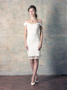 rochie de mireasă scurtă din dantelă cu umerii căzuți Couture Dresses, Formal Dresses, Wedding Dresses, Collection, Fashion, Bohemia, Haute Couture Dresses, Dresses For Formal, Bride Dresses