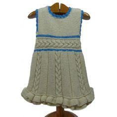 Vestido de punto niña hecho a mano