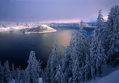 QT Luong's Treasured Lands - Crater Lake National Park