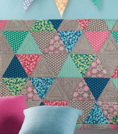 Scattered Triangles Quilt