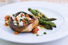 Team barbecued asparagus with lemon and pistachio for a sensational Spring-fresh side. Baked Mushrooms, Stuffed Mushrooms, Stuffed Peppers, Herb Recipes, Mushroom Recipes, Lemon Dressing Recipes, Easy Starters, Best Food Photography, How To Cook Asparagus