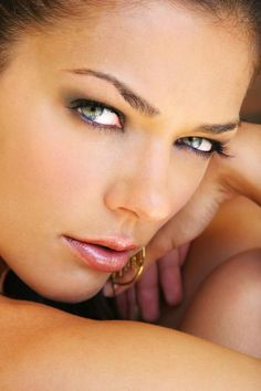 models, lipsticks, beauti women, natural makeup, natur makeup, eyeshadows, beauti face, curries, adriann curri