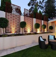 35 Georgeus Small Garden Design Ideas Low Maintenance Because you have a small garden, it doesn't want to work a lot. A small garden can be very exotic with just a little planning. Improving a beautiful modern garden [ … ] Small Backyard Landscaping, Backyard Fences, Garden Fencing, Landscaping Ideas, Backyard Ideas, Patio Ideas, Fence Ideas, Small Backyard Design, Patio Fence