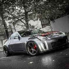 Nissan 350Z such a beautiful car!