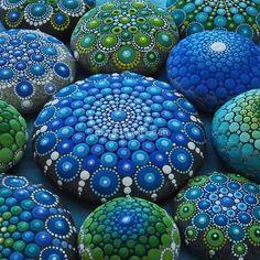 Cool Tone Mandala Stone Collection von Elspeth McLean