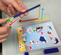 知育にも♪100均グッズで魚釣りの作り方 | あんふぁんWeb Montessori Toys, Children, Kids, Christmas Crafts, Diy Crafts, Games, Handmade, Science, Manualidades