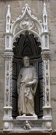 4- Orsanmichele.  Donatello. San Marco. 1411-1413. Linaioli e rigattieri