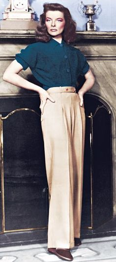 : Channeling Wide Trousers and Katharine Hepburn Style. Another style icon. Retro Mode, Vintage Mode, Vintage Girls, Vintage Style, Vintage Woman, Katharine Hepburn, Audrey Hepburn, Hollywood Glamour, Hollywood Fashion