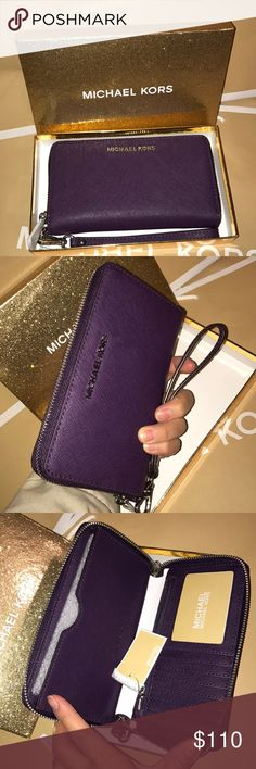 🍥mk wallet/wristlet🍥purple Authentic brand new with tag and box great for gift🎁Purple color silver hard wear. Saffiano leather. Fit any phone. Michael Kors Bags Wallets
