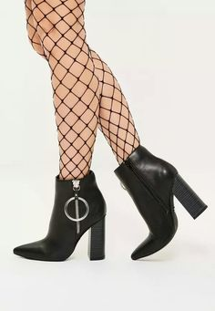 Black ring detail pionted toe heeled boots...misguided