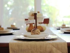 13 Customizable Place Cards for Thanksgiving >> http://www.diynetwork.com/decorating/how-to-make-customizable-thanksgiving-place-cards/pictures/index.html?soc=pinterest