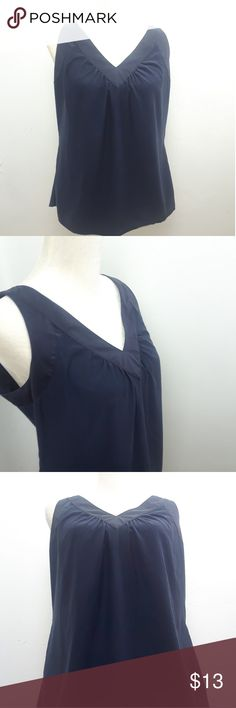 J JILL Women's Tank Top Small Silk Navy Blue You are buying aJ. JILL Women's Size Small Silk Navy Blue Sleeveless Tank Top Blouse V-Neck  Excellent to New condition. No stains, rips or obvious wear, smoke and pet free home.  Designer:J. Jill  Style:Tank Top Blouse  Condition:Excellent to New condition  Chest(pit to pit ):19 Sleeve Length (shoulder scene to cuff):Sleeveless Length( collar to hem ):17 J. Jill Tops Tank Tops