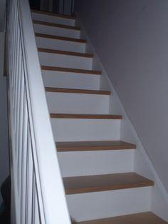 1000 id es sur peinture de l 39 escalier sur pinterest for Peinture sol pour escalier bois