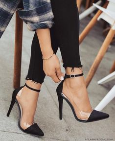 Heels, fashion and girly - women shoes fashion- Absätze, Mode und girly – Frauen Schuhe Mode Heels, fashion and girly Source by andreasagaki - Pretty Shoes, Beautiful Shoes, Pointed Heels, Stiletto Heels, Black Pumps Heels, Heeled Boots, Shoe Boots, Frauen In High Heels, Cute Heels