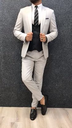 Collection: Spring Summer 2019 Product: Slim-Fit Wool Suit Color Code: Gray Size: Suit Material: wool royal lycra Machine Washable: No Fitting: Slim-fit Package Include: Jacket Vest Pants Only Gifts: Shirt Chain and Neck Tie Grey Slim Fit Suit, Mens Tailored Suits, Mens Casual Suits, Stylish Mens Outfits, Mens Fashion Suits, Mens Suits, Mens Slim Fit Suits, Casual Outfits, Estilo David Beckham
