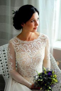 Suknie - Delikatna suknia ślubna - 800,00zł