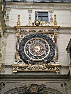 Rouen tower clock, France  (by Grangeburn, via Flickr)