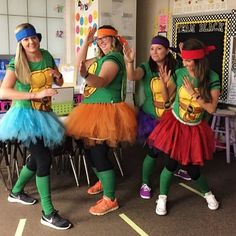 The 30 Best Halloween Costumes for Teachers and Their Work BFFs - These are the best teacher Halloween costumes for groups or partners that we could find. Enjoy with your friends and co-workers! Teacher Halloween Costumes Group, 2 People Halloween Costumes, 3 People Costumes, Halloween Ideas, Halloween Town, Super Hero Costumes, Bffs, Friends, Costume Ideas