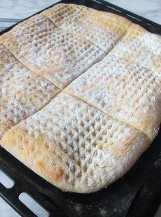 Västkustrutor i långpanna Bagan, Savoury Baking, Bread Baking, Good Morning Breakfast, Our Daily Bread, Swedish Recipes, Artisan Bread, Betta, Food To Make