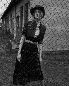 Photography:Andreas Ortner. Stylist: Radka Sirkova. Hair:Martin Tyl. Makeup: Hristina Georgievska. Model:Linda Novotna.