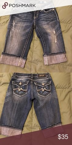Miss Me Bermuda Shorts Perfect condition bermuda shorts Miss Me Shorts Bermudas