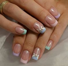 "If you're unfamiliar with nail trends and you hear the words ""coffin nails,"" what comes to mind? It's not nails with coffins drawn on them. It's long nails with a square tip, and the look has. Gel French Manicure, French Tip Nails, Manicure And Pedicure, Summer French Nails, French Tips, Gel Nail, Nail Polish, French Nail Designs, Nail Designs Spring"