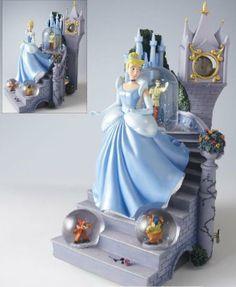 Disney Snowglobes Collectors Guide: Cinderella Clock Snowglobe