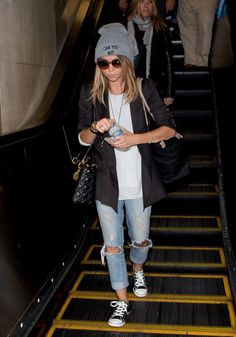 Black blazer + ripped jeans + grey beanie + oversized white tee