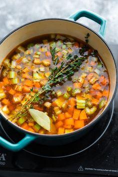 Chicken Lentil Soup, Coconut Lentil Soup, Vegan Lentil Soup, Lentil Soup Recipes, Vegetarian Soup, Healthy Dinner Recipes, Cooking Recipes, Cooking Ideas