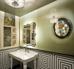 "♥ Bohemian flair carries over to the restroom at Gitane Restaurant,San Francisco. Gitane means ""gypsy woman"" in French. Black And White Tiles, Black Walls, Black White, Bad Inspiration, Bathroom Inspiration, Bathroom Ideas, Cincinnati, Eclectic Bathroom, Art Deco Chandelier"