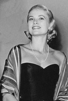 Grace Kelly, circa 1955.