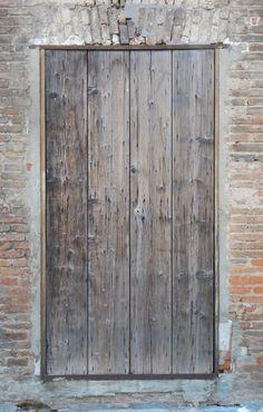 very_ruined_wood_door_2_20130927_1358607231.jpg (JPEG Image, 701×1100 pixels)
