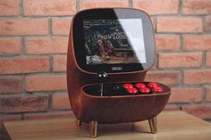 Wooden Desktop Arcade Might Be the Most Beautiful Retro Hardware I've Ever Seen