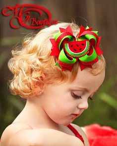 I love this - red and green theme without it looking like xmas. Making Hair Bows, Diy Hair Bows, Bow Hair Clips, Bow Clip, Hair Ribbons, Ribbon Hair, Ribbon Bows, Watermelon Crafts, Green Watermelon