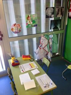 espacios juego simbólico (4)                              … Play Corner, Kindergarten, School Decorations, Dramatic Play, Reggio Emilia, Pretend Play, Kids Room, Projects, Life