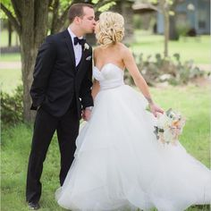 Find More Wedding Dresses Information about Sexy Sweetheart Neckline Wedding Dresses Backless Ruffles Tulle Princess Wedding Gowns Beaded Band Custom Made Vestido De Noiva,High Quality gown shawl,China dress shoes baby girl Suppliers, Cheap dress shoulder from Loyalty 1314 on Aliexpress.com