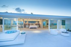 Step inside one of Queensland's most luxurious beach homes | Queensland Homes