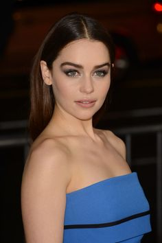Emilia Clarke Photos - Actress Emilia Clarke arrives at the premiere of HBO's 'Game Of Thrones' Season 3 at TCL Chinese Theatre on March 18, 2013 in Hollywood, California. - Arrivals at the 'Game Of Thrones' Season 3 Premiere 2