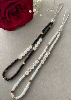 Bead Jewellery, Beaded Jewelry, Beaded Bracelets, Handmade Bracelets, Handmade Jewelry, Diy Jewelry Unique, Ankle Bracelets, Diy Necklace, Bracelet Patterns