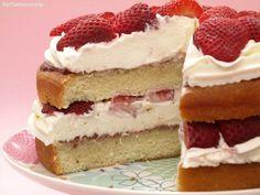 Tarta de fresas con crema de queso - MisThermorecetas