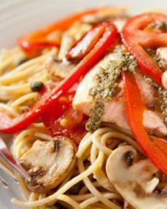 A pasta dish that's ready in less than 30 minutes and has 39 grams of protein! Yes, please! | via @SparkPeople #food #recipe #dinner #fish #healthy
